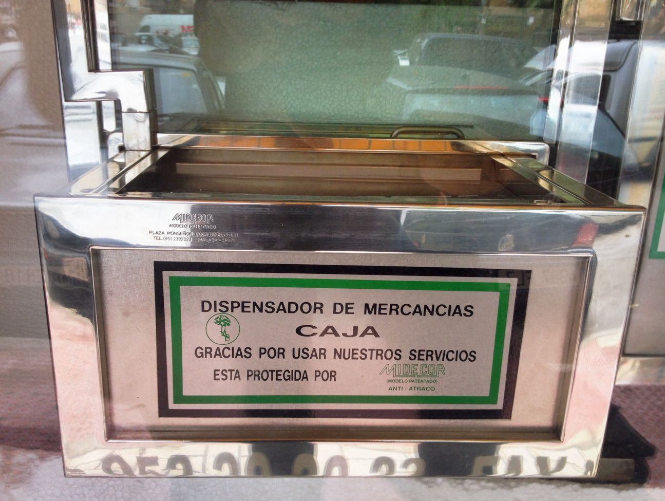 dispensador mercancias gasolinera